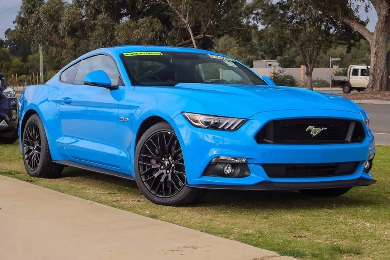 2017 Mustang Colors, Color Codes, & Photos - LMR com