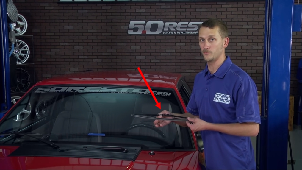 How To Install Fox Body Mustang Windshield Wiper Blades (87-93) - How To Install Fox Body Mustang Windshield Wiper Blades (87-93)