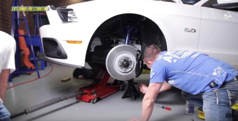 "How To Install Ford Racing 14"" Brembo Brake Kit (05-14) - How To Install Ford Racing 14"" Brembo Brake Kit (05-14)"