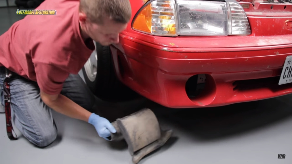How To Install Fox Body Mustang Cold Air Intake (89-93 5.0L) - How To Install Fox Body Mustang Cold Air Intake (89-93 5.0L)