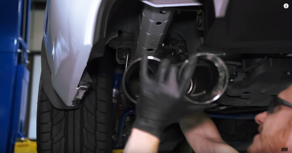 How To Install Mustang Quad Tip Axle Back Exhaust (13-14) - How To Install Mustang Quad Tip Axle Back Exhaust (13-14)