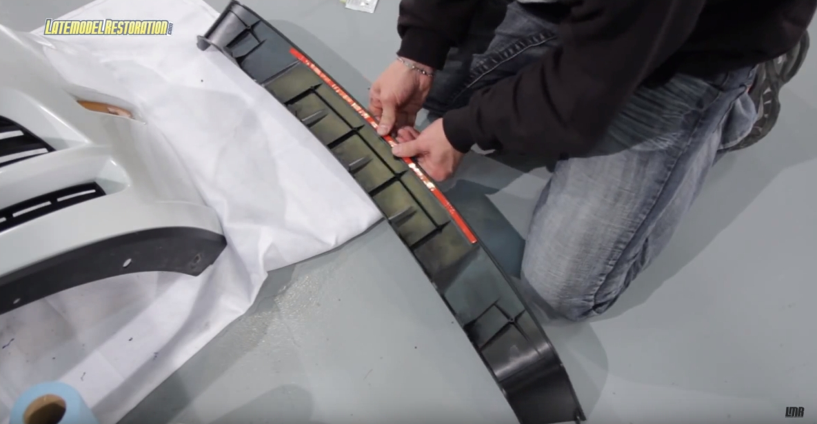 How To Install Roush Mustang Lower Grille Delete (13-14) - How To Install Roush Mustang Lower Grille Delete (13-14)