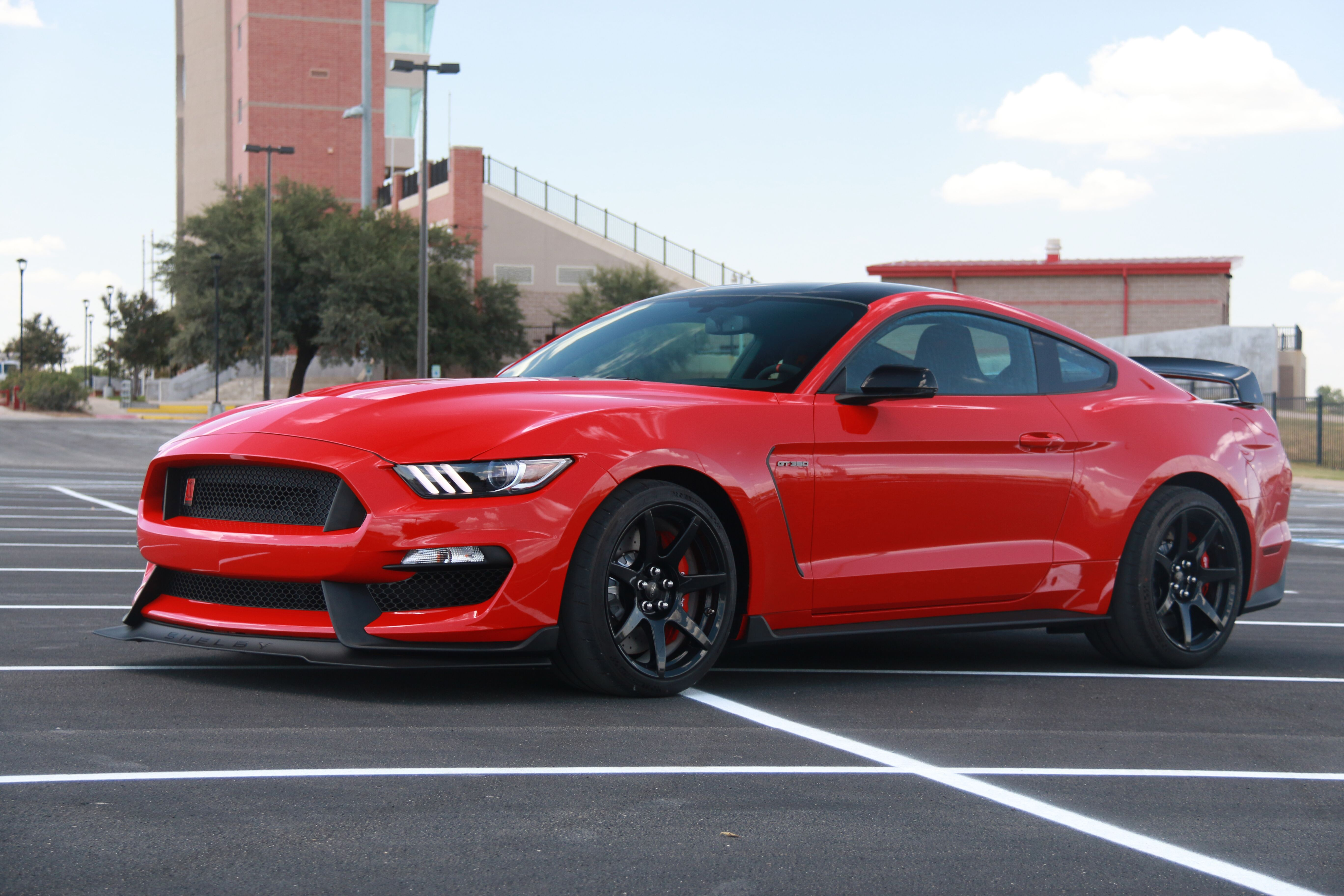 What Is A GT350R? - What Is A GT350R?